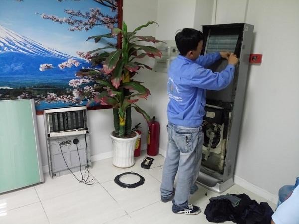 Sử dụng đúng cách các dòng máy lạnh tủ đứng để máy được bền theo thời gian